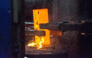 Closed Die Hydraulic Press Forge